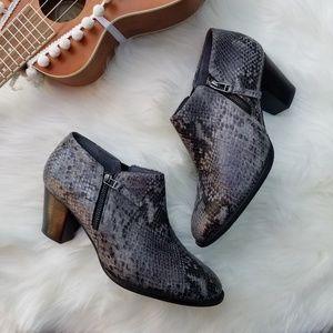 Vionic Upright Taber Snakeskin Ankle Boots